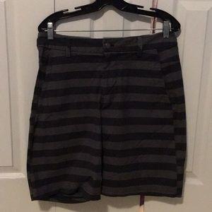 Lululemon men's grey stripe shorts sz 34 57658
